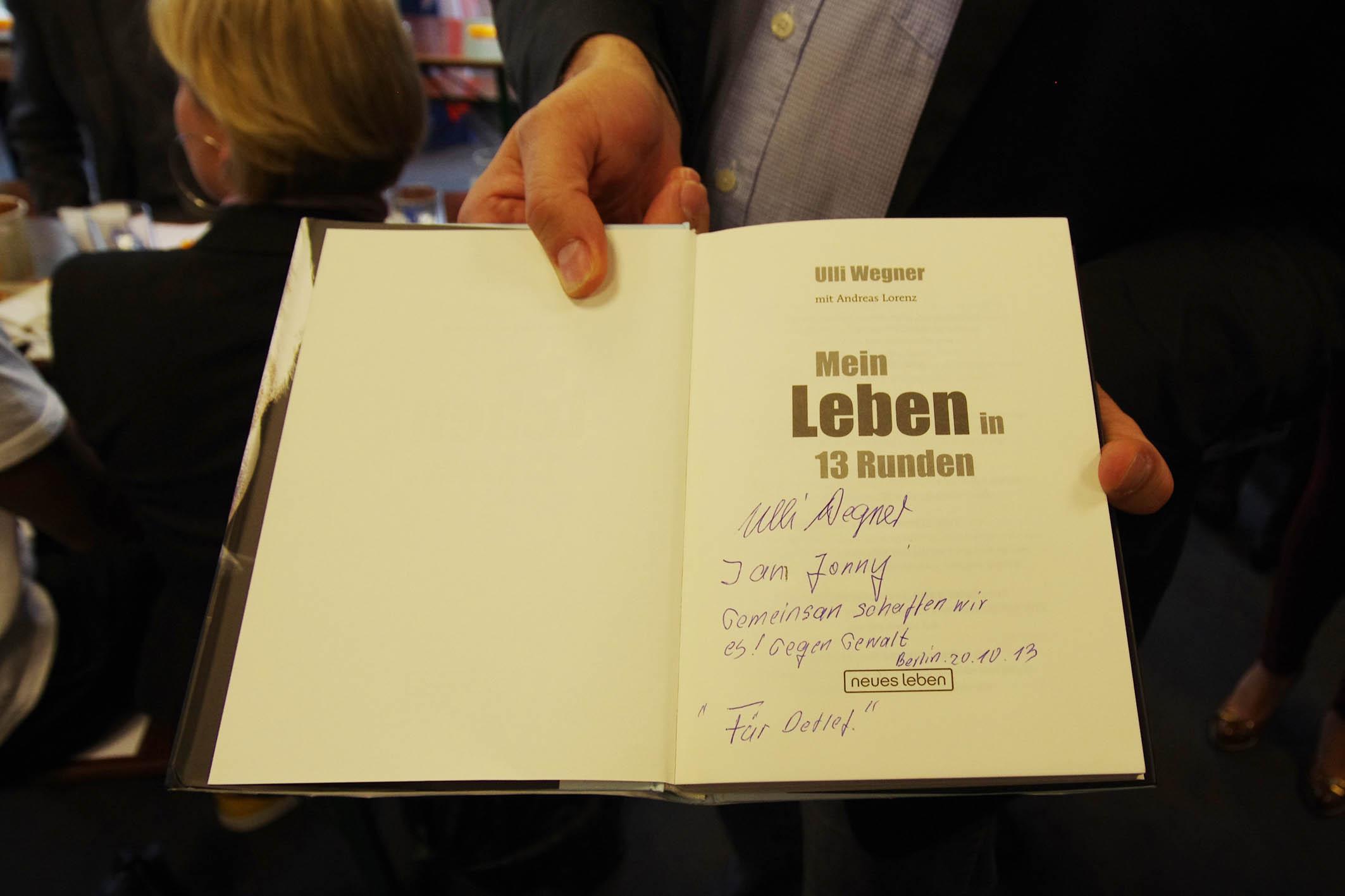 Individuelle Signatur von Ulli Wegner