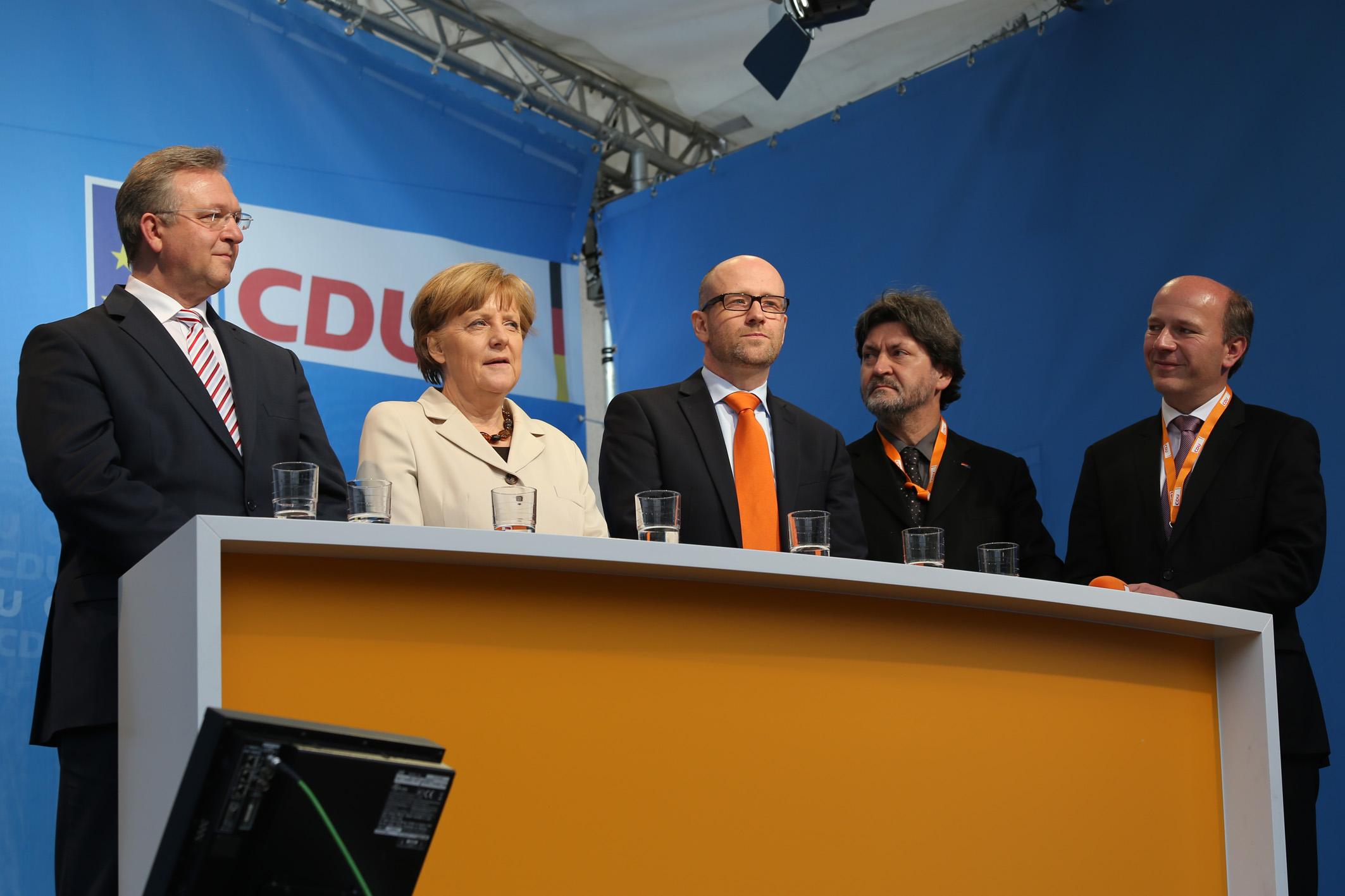 Podium Europafest und Kundgebung 2014