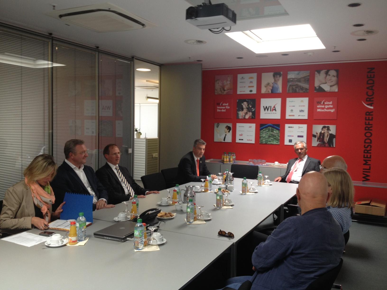 Frank Henkel im Gespräch mit Initiativen