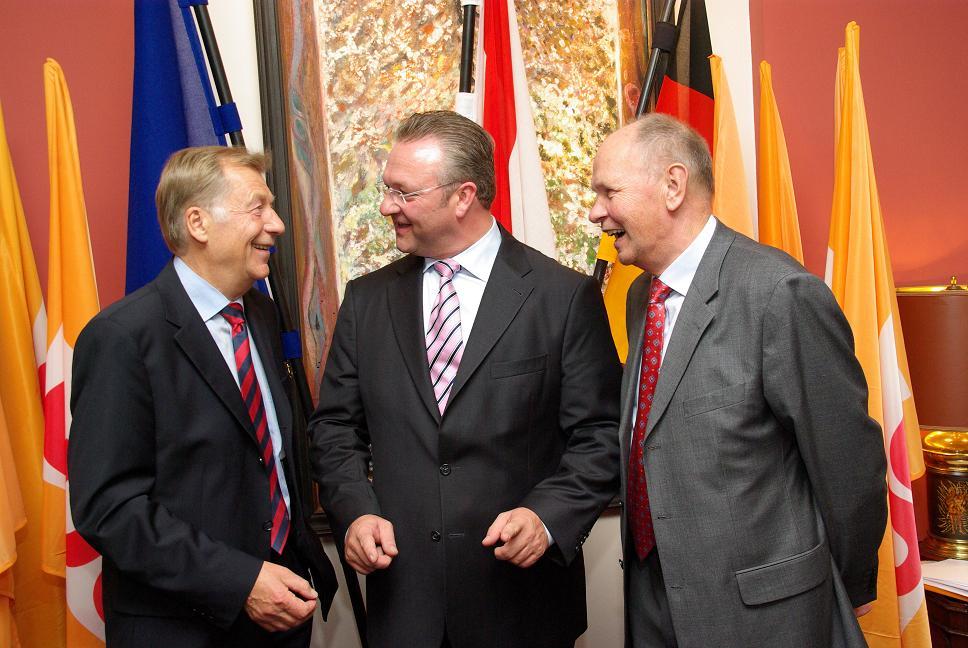 Friedbert Pflüger, Frank Henkel und Bischof Wolfgang Huber