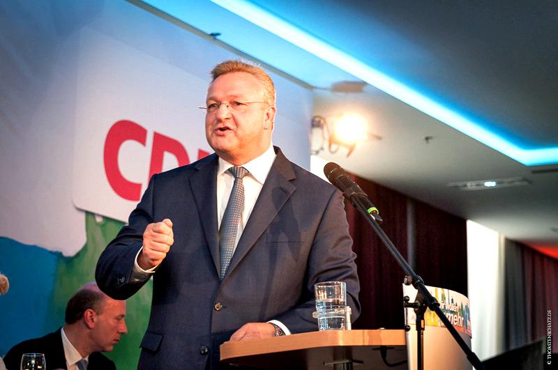 Wiedergewählt mit über 90 Prozent: der alte und neue Landesvorsitzende Frank Henkel.