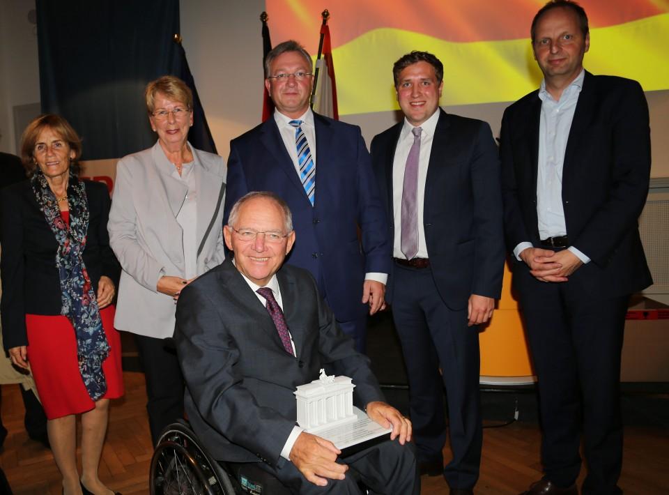 Ingeborg Schäuble, Dr. Sabine Bergmann-Pohl, Dr. Wolfgang Schäuble, Frank Henkel, Dr. Gottfried Ludewig, Thomas Heilmann (v.l.n.r.)