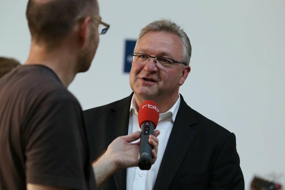 Frank Henkel im Interview über den Programm-Dialog