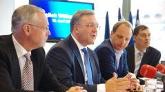 Der neue Spitzenkandidat: Friedbert Pflüger mit Generalsekretär Frank Henkel (links) und dem Landesvorsitzenden Ingo Schmitt